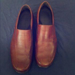 Men's Dansko dress shoes. Excellent condition!